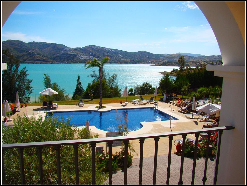 Foto del pantano de la Viñuela, vistas desde el hotel