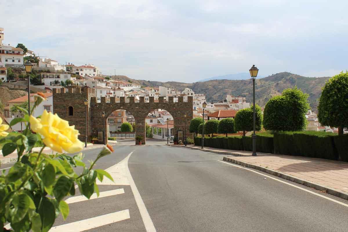 Qué ver en la provincia de Málaga: Moclinejo, ruta de la Pasa